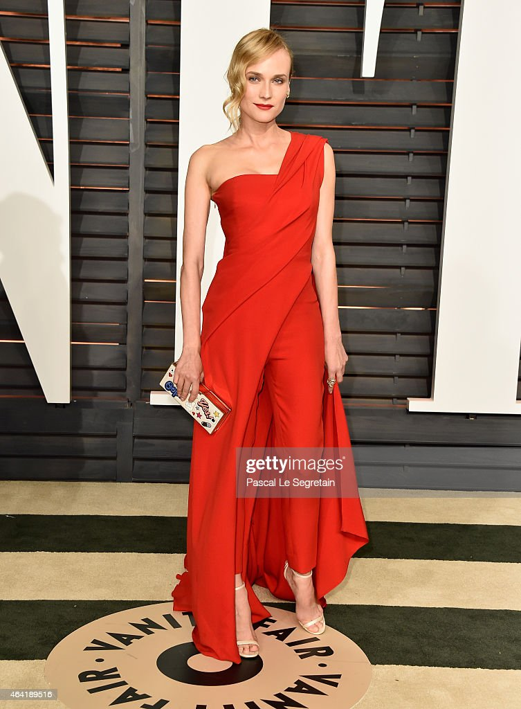 Actress <a gi-track='captionPersonalityLinkClicked' href=/galleries/search?phrase=Diane+Kruger&family=editorial&specificpeople=202640 ng-click='$event.stopPropagation()'>Diane Kruger</a> attends the 2015 Vanity Fair Oscar Party hosted by Graydon Carter at Wallis Annenberg Center for the Performing Arts on February 22, 2015 in Beverly Hills, California.