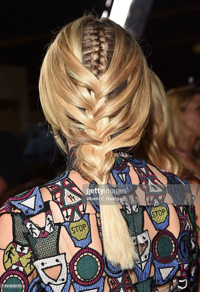 Actress <a gi-track='captionPersonalityLinkClicked' href=/galleries/search?phrase=Diane+Kruger&family=editorial&specificpeople=202640 ng-click='$event.stopPropagation()'>Diane Kruger</a> (fashion detail) attends the premiere of FX's 'The Bridge' at Pacific Design Center on July 7, 2014 in West Hollywood, California.
