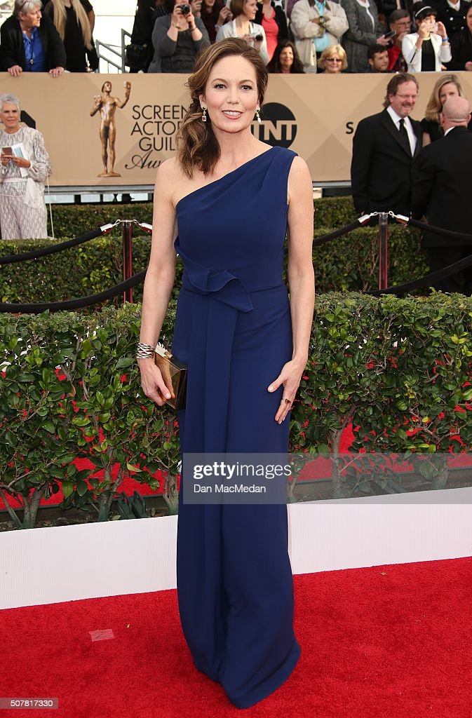 Actress <a gi-track='captionPersonalityLinkClicked' href=/galleries/search?phrase=Diane+Lane&family=editorial&specificpeople=206364 ng-click='$event.stopPropagation()'>Diane Lane</a> attends the 22nd Annual Screen Actors Guild Awards at The Shrine Auditorium on January 30, 2016 in Los Angeles, California.