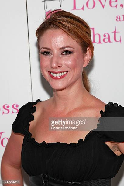 Diane Neal Photos Et Images De Collection Getty Images