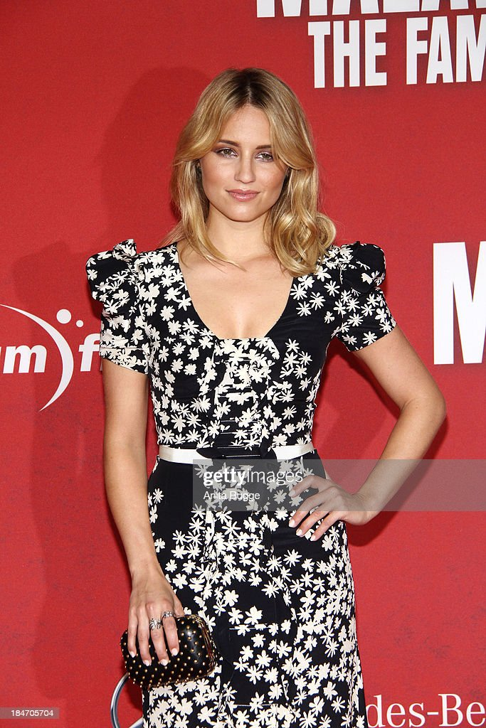 Actress <a gi-track='captionPersonalityLinkClicked' href=/galleries/search?phrase=Dianna+Agron&family=editorial&specificpeople=4439685 ng-click='$event.stopPropagation()'>Dianna Agron</a> attends the 'Malavita - The Family' Germany premiere at Kino in der Kulturbrauerei on October 15, 2013 in Berlin, Germany.