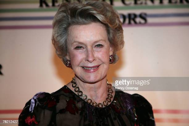 Actress Dina Merrill arrives at the 30th Annual Kennedy Center Honors December 2 2007 in Washington DC