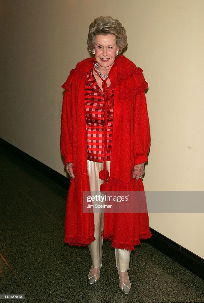 Actress Dina Merrill arrives at the 4th Annual Stella by Starlight Gala Benefit Honoring Martin Sheen at Chipriani 23rd st on March 17, 2008 in New York City.