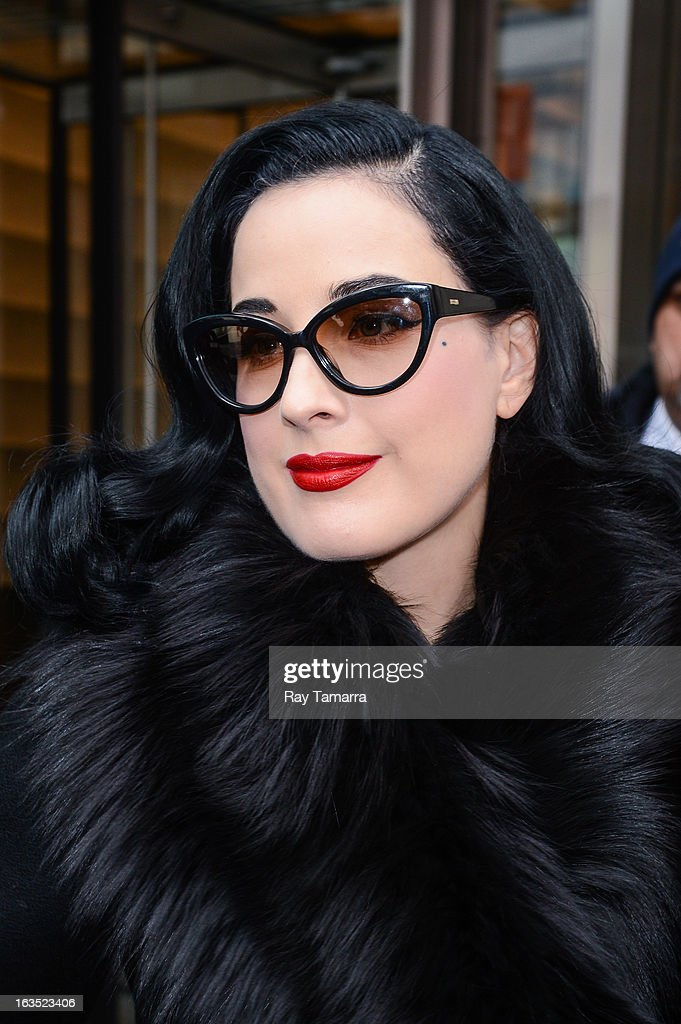 Actress <a gi-track='captionPersonalityLinkClicked' href=/galleries/search?phrase=Dita+Von+Teese&family=editorial&specificpeople=210578 ng-click='$event.stopPropagation()'>Dita Von Teese</a> leaves the 'Big Morning Buzz' taping at the VH1 Studios on March 11, 2013 in New York City.
