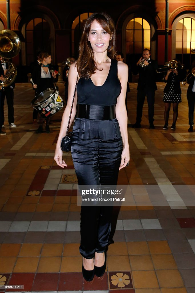 Actress Dolores Chaplin dressed in Lanvin Designer Alber Elbaz pays tribute to Cesar Baldaccini by an Evening PicNic at the Ecole Nationale...