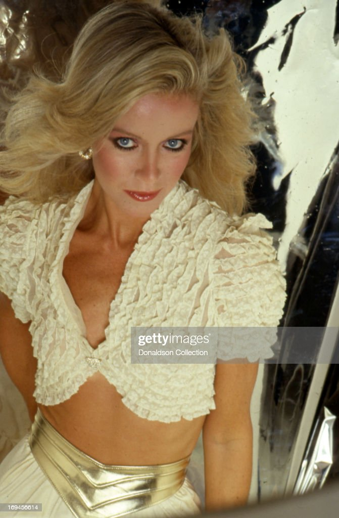Actress <a gi-track='captionPersonalityLinkClicked' href=/galleries/search?phrase=Donna+Mills&family=editorial&specificpeople=217252 ng-click='$event.stopPropagation()'>Donna Mills</a> poses for a portrait session in circa 1984 in Los Angeles, California .