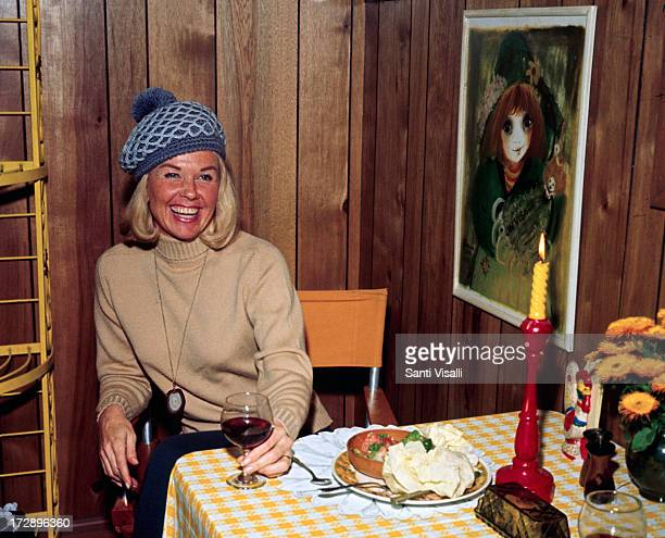 Actress Doris Day having lunch on February 251970 in Hollywood California