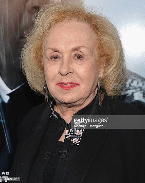 Actress Doris Roberts arrives to the Los Angeles Premiere of Paramount Pictures' 'Flight' at ArcLight Cinemas on October 23 2012 in Hollywood...