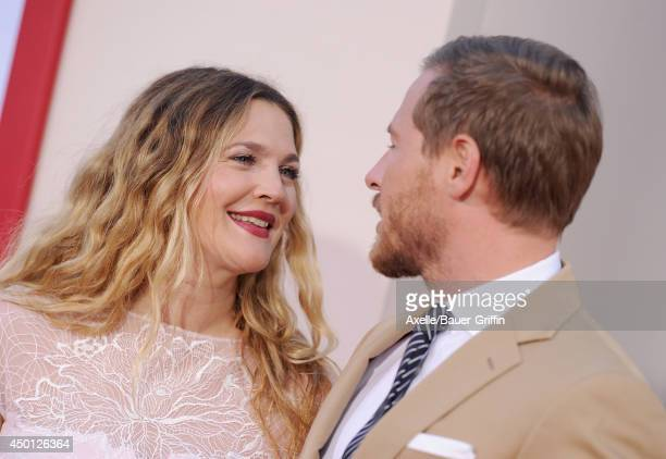 Actress Drew Barrymore and Will Kopelman arrive at the Los Angeles premiere of 'Blended' at TCL Chinese Theatre on May 21 2014 in Hollywood California