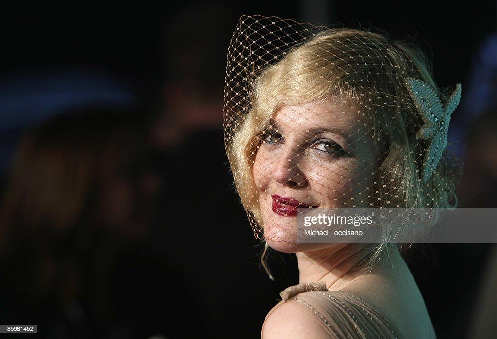 Style Spotlight: Drew Barrymore