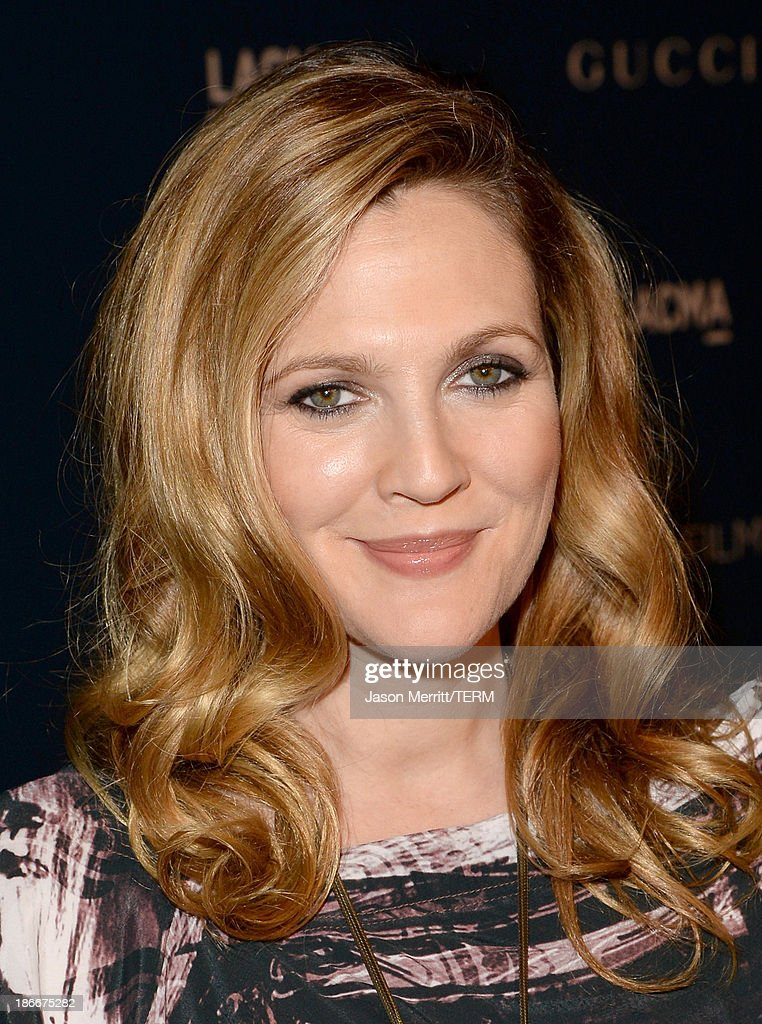 Actress <a gi-track='captionPersonalityLinkClicked' href=/galleries/search?phrase=Drew+Barrymore&family=editorial&specificpeople=201623 ng-click='$event.stopPropagation()'>Drew Barrymore</a> attends the LACMA 2013 Art + Film Gala honoring Martin Scorsese and David Hockney presented by Gucci at LACMA on November 2, 2013 in Los Angeles, California.