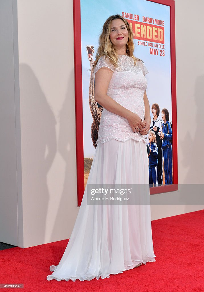 Actress <a gi-track='captionPersonalityLinkClicked' href=/galleries/search?phrase=Drew+Barrymore&family=editorial&specificpeople=201623 ng-click='$event.stopPropagation()'>Drew Barrymore</a> attends the Los Angeles premiere of 'Blended' at TCL Chinese Theatre on May 21, 2014 in Hollywood, California.