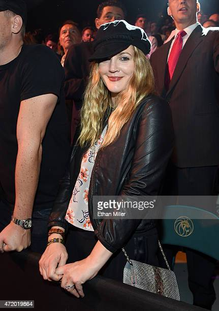 Actress Drew Barrymore poses ringside at 'Mayweather VS Pacquiao' presented by SHOWTIME PPV And HBO PPV at MGM Grand Garden Arena on May 2 2015 in...