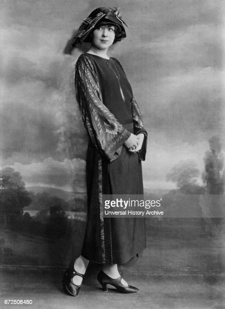 Actress Edna Hibbard Fashion Portrait in Long Dress and Hat Bain News Service 1921
