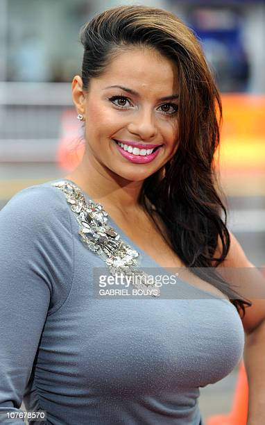 Actress Elena Diaz arrives at the premiere of 'Gulliver's Travels' on December 18 2010 at Grauman's Chinese Theater in Hollywood California AFP PHOTO...