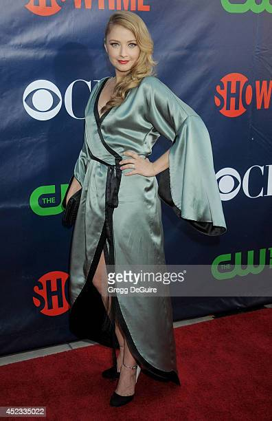 Actress Elisabeth Harnois arrives at the 2014 Television Critics Association Summer Press Tour CBS CW And Showtime Party at Pacific Design Center on...