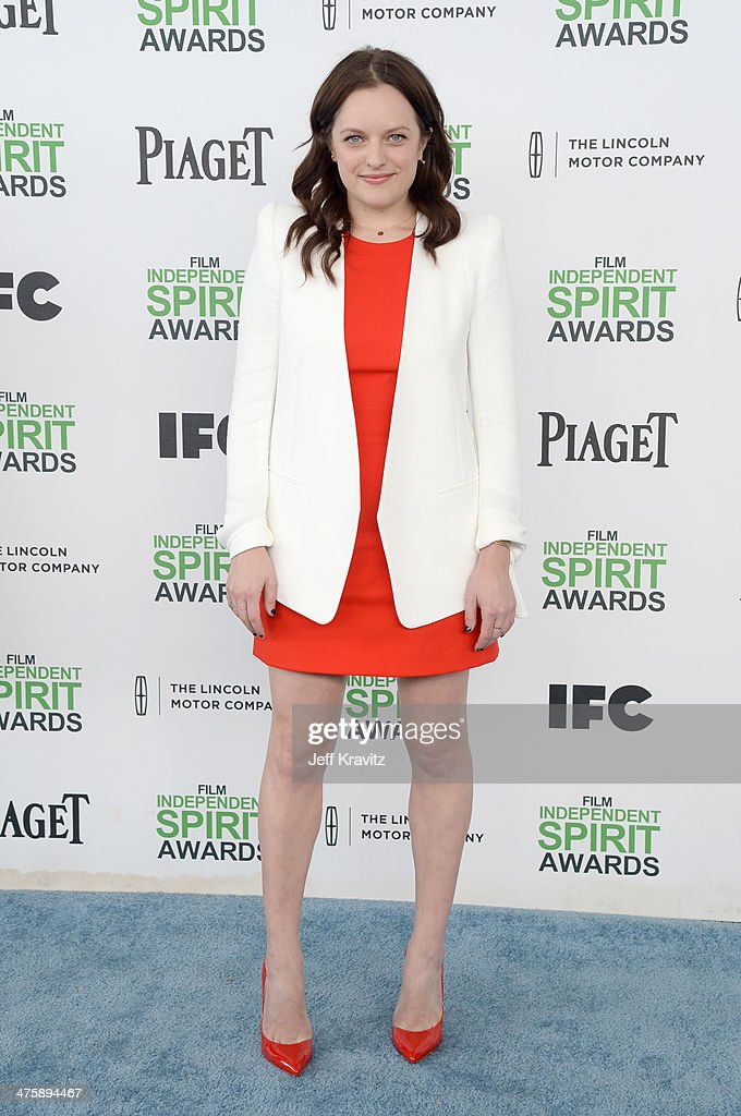 Actress <a gi-track='captionPersonalityLinkClicked' href=/galleries/search?phrase=Elisabeth+Moss&family=editorial&specificpeople=3079265 ng-click='$event.stopPropagation()'>Elisabeth Moss</a> attends the 2014 Film Independent Spirit Awards on March 1, 2014 in Santa Monica, California.