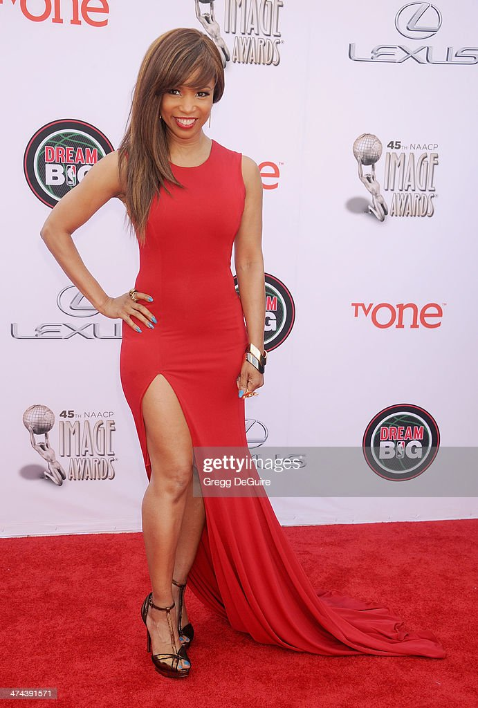 Actress <a gi-track='captionPersonalityLinkClicked' href=/galleries/search?phrase=Elise+Neal&family=editorial&specificpeople=204780 ng-click='$event.stopPropagation()'>Elise Neal</a> arrives at the 45th NAACP Image Awards at Pasadena Civic Auditorium on February 22, 2014 in Pasadena, California.