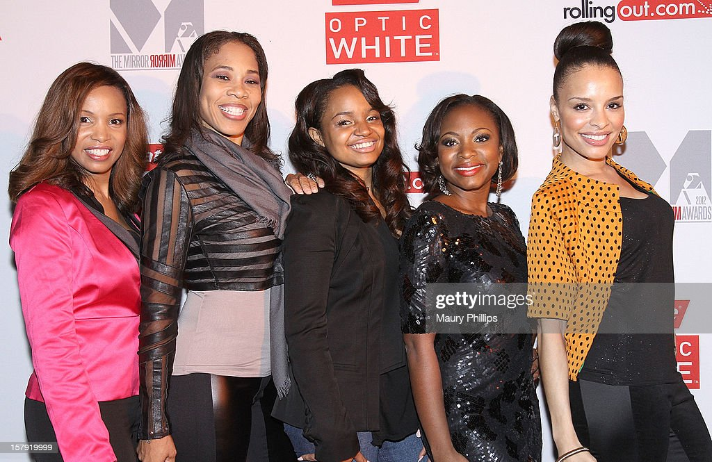 Actress Elise Neal, singer Doll Phace, actors Kyla Pratt, Naturi Naughton and Antonique Smith attend Rolling Out Mirror Mirror Awards at Rolling Stone Restaurant & Lounge on December 6, 2012 in Los Angeles, California.