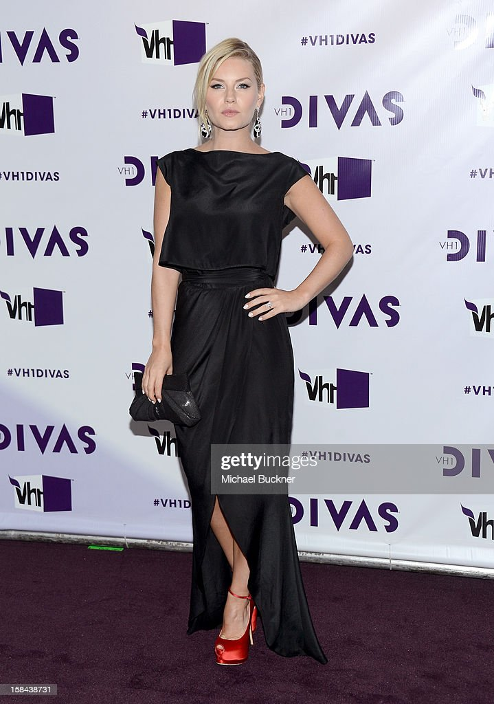 Actress Elisha Cuthbert attends 'VH1 Divas' 2012 at The Shrine Auditorium on December 16, 2012 in Los Angeles, California.