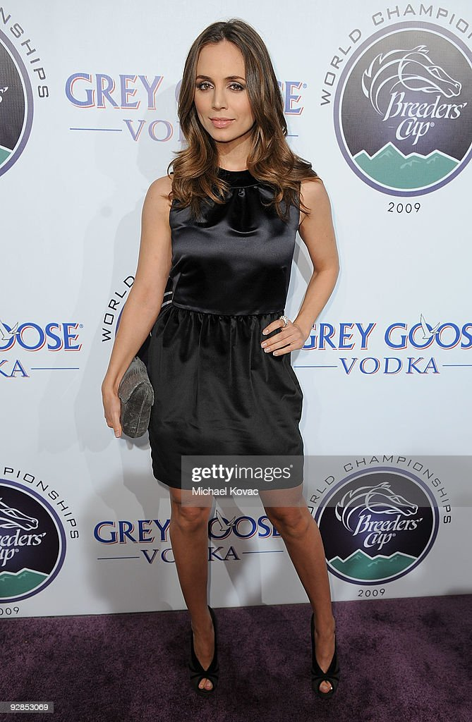 Actress <a gi-track='captionPersonalityLinkClicked' href=/galleries/search?phrase=Eliza+Dushku&family=editorial&specificpeople=209091 ng-click='$event.stopPropagation()'>Eliza Dushku</a> attends the Breeders' Cup Winners Circle Event at ESPN Zone at L.A. Live on November 5, 2009 in Los Angeles, California.