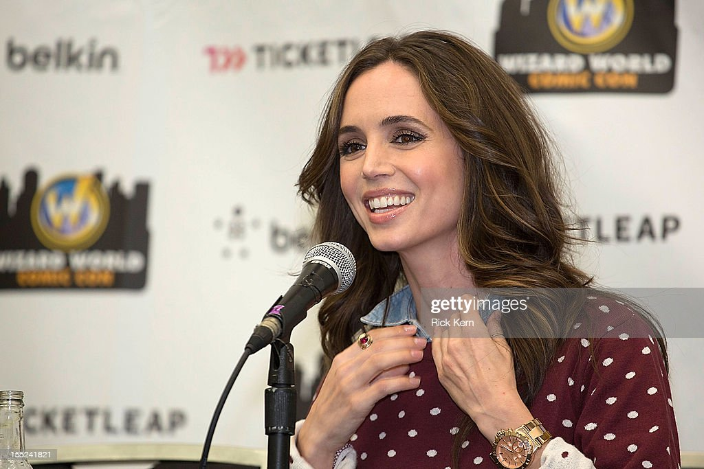 Actress <a gi-track='captionPersonalityLinkClicked' href=/galleries/search?phrase=Eliza+Dushku&family=editorial&specificpeople=209091 ng-click='$event.stopPropagation()'>Eliza Dushku</a> speaks during day two of the Wizard World Austin Comic Con at Austin Convention Center on October 27, 2012 in Austin, Texas.