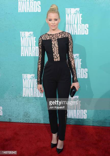 Actress Elizabeth Banks arrives at the 2012 MTV Movie Awards at Gibson Amphitheatre on June 3 2012 in Universal City California
