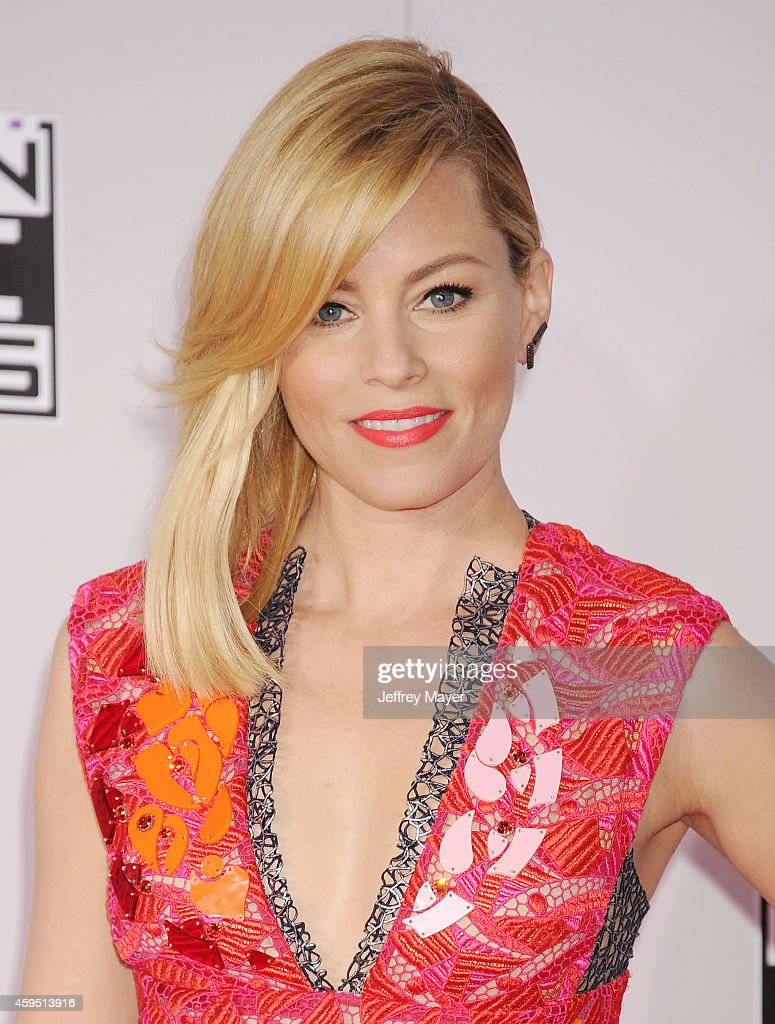 Actress <a gi-track='captionPersonalityLinkClicked' href=/galleries/search?phrase=Elizabeth+Banks&family=editorial&specificpeople=202475 ng-click='$event.stopPropagation()'>Elizabeth Banks</a> arrives at the 2014 American Music Awards at Nokia Theatre L.A. Live on November 23, 2014 in Los Angeles, California.