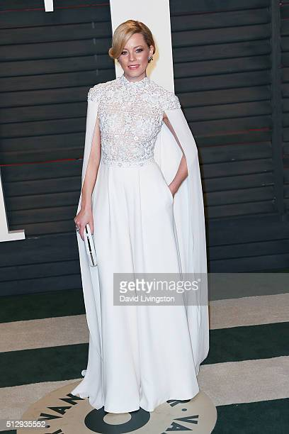 Actress Elizabeth Banks arrives at the 2016 Vanity Fair Oscar Party Hosted by Graydon Carter at the Wallis Annenberg Center for the Performing Arts...