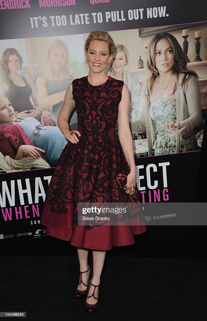 Actress <a gi-track='captionPersonalityLinkClicked' href=/galleries/search?phrase=Elizabeth+Banks&family=editorial&specificpeople=202475 ng-click='$event.stopPropagation()'>Elizabeth Banks</a> arrives at the Los Angeles premiere of 'What To Expect When You're Expecting' at Grauman's Chinese Theatre on May 14, 2012 in Hollywood, California.