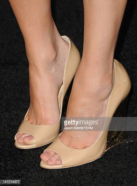 Actress Elizabeth Banks arrives at the premiere of Lionsgate's 'The Hunger Games' at Nokia Theatre LA Live on March 12 2012 in Los Angeles California