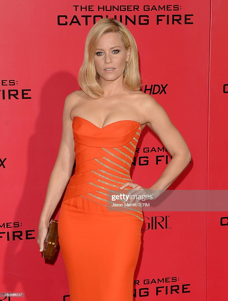 Actress Elizabeth Banks arrives at the premiere of Lionsgate's 'The Hunger Games: Catching Fire' at Nokia Theatre L.A. Live on November 18, 2013 in Los Angeles, California.