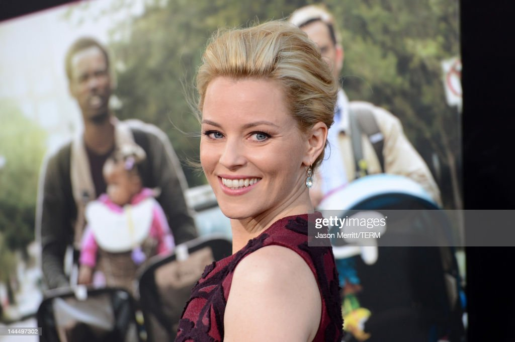Actress <a gi-track='captionPersonalityLinkClicked' href=/galleries/search?phrase=Elizabeth+Banks&family=editorial&specificpeople=202475 ng-click='$event.stopPropagation()'>Elizabeth Banks</a> arrives at the premiere of Lionsgate's 'What To Expect When You're Expecting' held at Grauman's Chinese Theatre on May 14, 2012 in Hollywood, California.