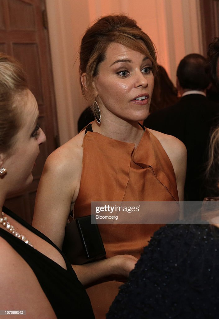 Actress Elizabeth Banks attends the Bloomberg Vanity Fair White House Correspondents' Association (WHCA) dinner afterparty in Washington, D.C., U.S., on Saturday, April 27, 2013. The 99th annual dinner raises money for WHCA scholarships and honors the recipients of the organization's journalism awards. Photographer: Scott Eells/Bloomberg via Getty Images