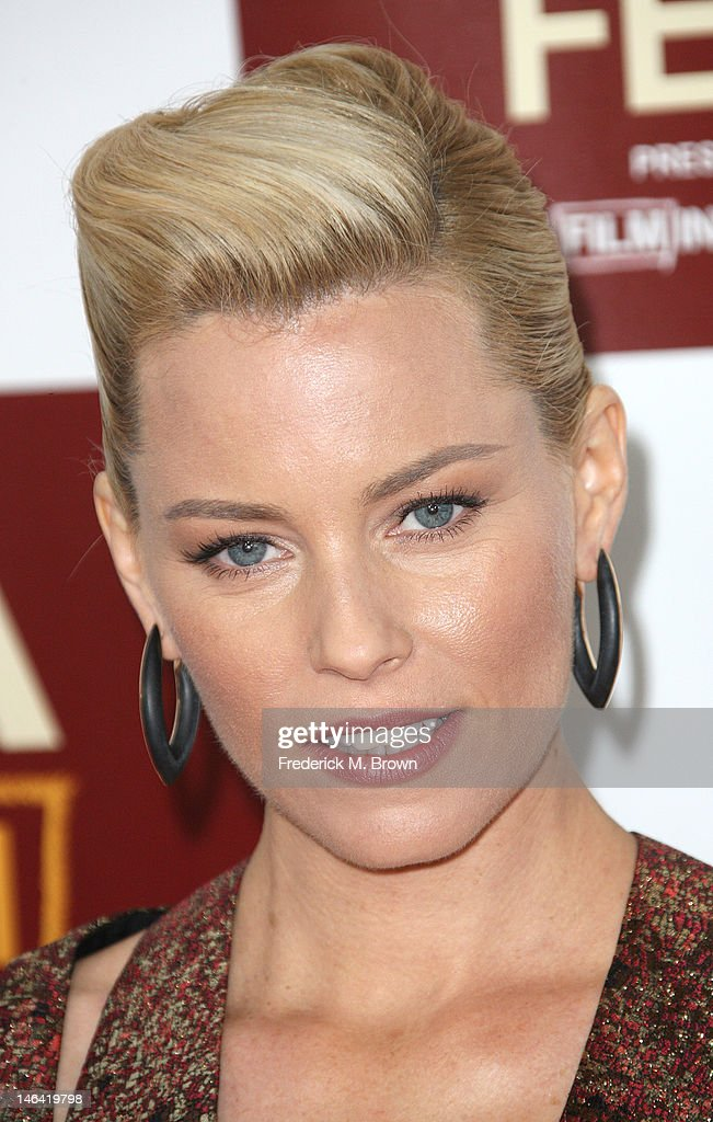 Actress <a gi-track='captionPersonalityLinkClicked' href=/galleries/search?phrase=Elizabeth+Banks&family=editorial&specificpeople=202475 ng-click='$event.stopPropagation()'>Elizabeth Banks</a> attends the Film Independent's 2012 Los Angeles Film Festival Premiere Of DreamWorks Pictures' 'People Like Us' at Regal Cinemas L.A. LIVE Stadium 14 on June 15, 2012 in Los Angeles, California.