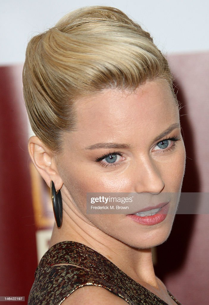 Actress Elizabeth Banks attends the Film Independent's 2012 Los Angeles Film Festival Premiere Of DreamWorks Pictures' 'People Like Us' at Regal Cinemas L.A. LIVE Stadium 14 on June 15, 2012 in Los Angeles, California.