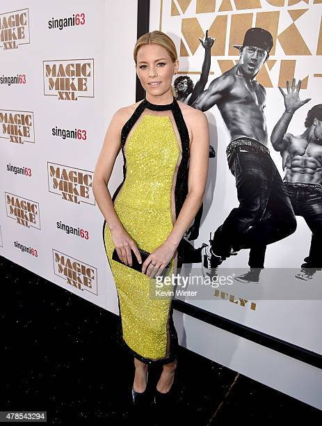 Actress Elizabeth Banks attends the premiere of Warner Bros Pictures' 'Magic Mike XXL' at TCL Chinese Theatre IMAX on June 25 2015 in Hollywood...