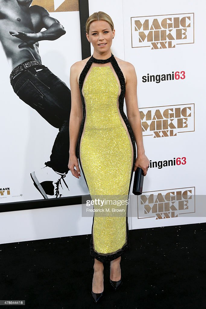 Actress <a gi-track='captionPersonalityLinkClicked' href=/galleries/search?phrase=Elizabeth+Banks&family=editorial&specificpeople=202475 ng-click='$event.stopPropagation()'>Elizabeth Banks</a> attends the premiere of Warner Bros. Pictures' 'Magic Mike XXL' at TCL Chinese Theatre IMAX on June 25, 2015 in Hollywood, California.
