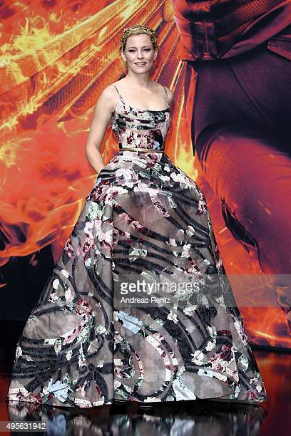 Actress Elizabeth Banks attends the world premiere of the film 'The Hunger Games Mockingjay Part 2' at CineStar on November 4 2015 in Berlin Germany