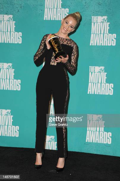 Actress Elizabeth Banks poses in the press room during the 2012 MTV Movie Awards at Gibson Amphitheatre on June 3 2012 in Universal City California