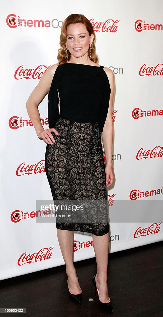 Actress Elizabeth Banks, recipient of the Award of Excellence in Acting, arrives at the CinemaCon Big Screen Achievement Awards at the Pure Nightclub at Caesars Palace during CinemaCon 2013 on April 18, 2013 in Las Vegas, Nevada.