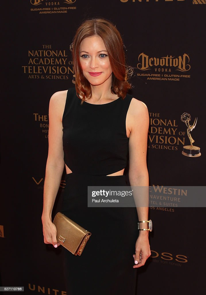 Actress Elizabeth Bogush attends the 2016 Daytime Emmy Awards at The Westin Bonaventure Hotel on May 1, 2016 in Los Angeles, California.