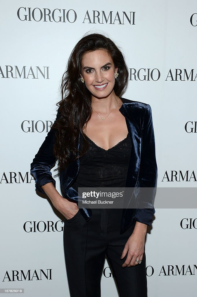 Actress Elizabeth Chambers, wearing Emporio Armani attends the Giorgio Armani Beauty Luncheon on December 6, 2012 in Beverly Hills, California.