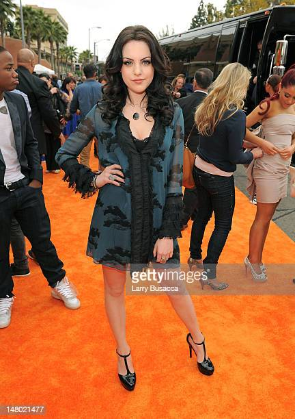 Actress Elizabeth Gillies arrives at Nickelodeon's 24th Annual Kids' Choice Awards at Galen Center on April 2 2011 in Los Angeles California