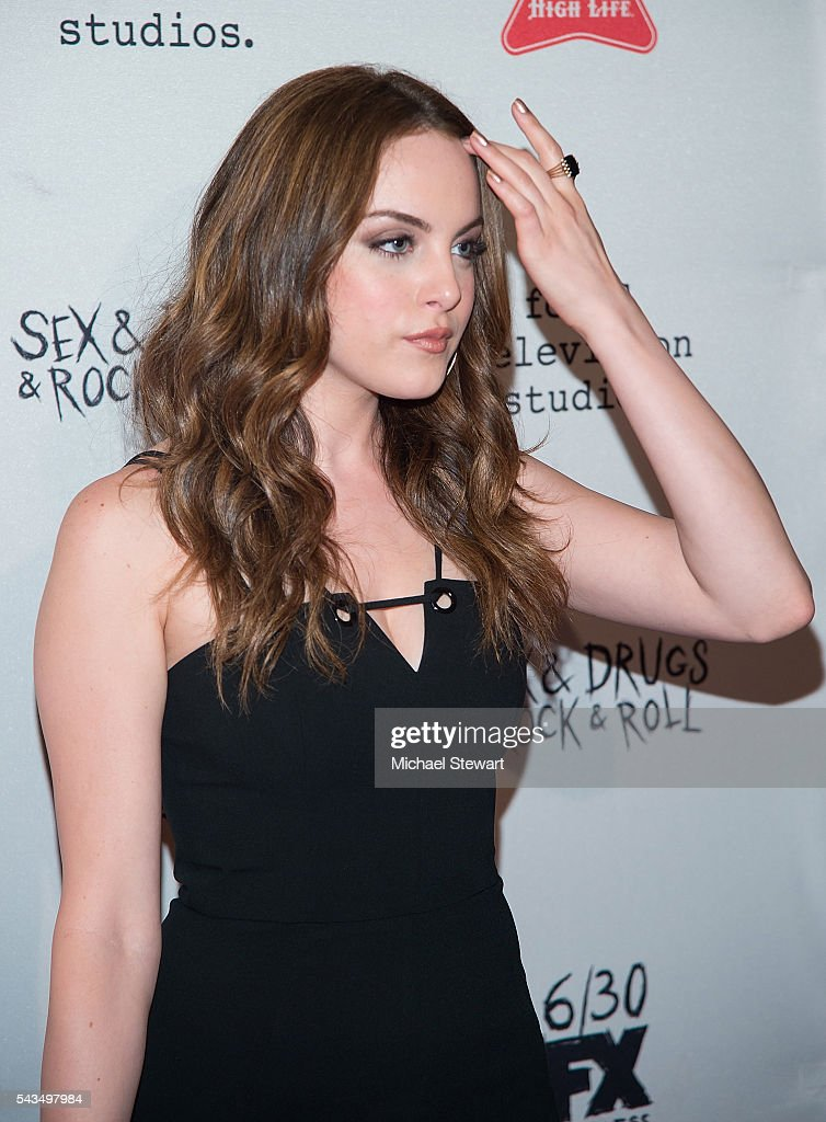 Actress <a gi-track='captionPersonalityLinkClicked' href=/galleries/search?phrase=Elizabeth+Gillies&family=editorial&specificpeople=6839338 ng-click='$event.stopPropagation()'>Elizabeth Gillies</a> attends the 'Sex&Drugs&Rock&Roll' Season 2 premiere at AMC Loews 34th Street 14 theater on June 28, 2016 in New York City.