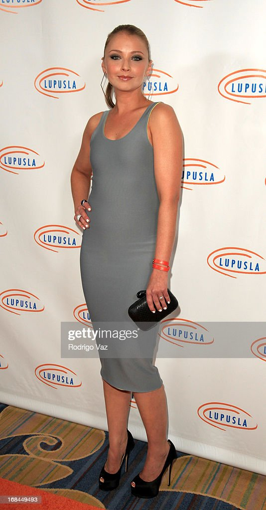 Actress Elizabeth Harnois arrives at the 13th Annual Lupus LA Orange Ball at the Beverly Wilshire Four Seasons Hotel on May 9, 2013 in Beverly Hills, California.