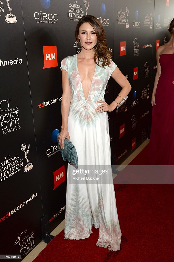 Actress Elizabeth Hendrickson attends the 40th Annual Daytime Emmy Awards at the Beverly Hilton Hotel on June 16, 2013 in Beverly Hills, California. 23774_001_0890.JPG