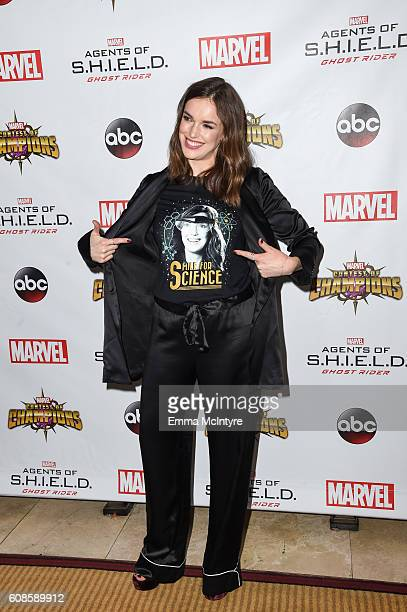 Actress Elizabeth Henstridge attends the premiere of ABC's 'Agents of Shield' Season 4 at Pacific Theatre at The Grove on September 19 2016 in Los...