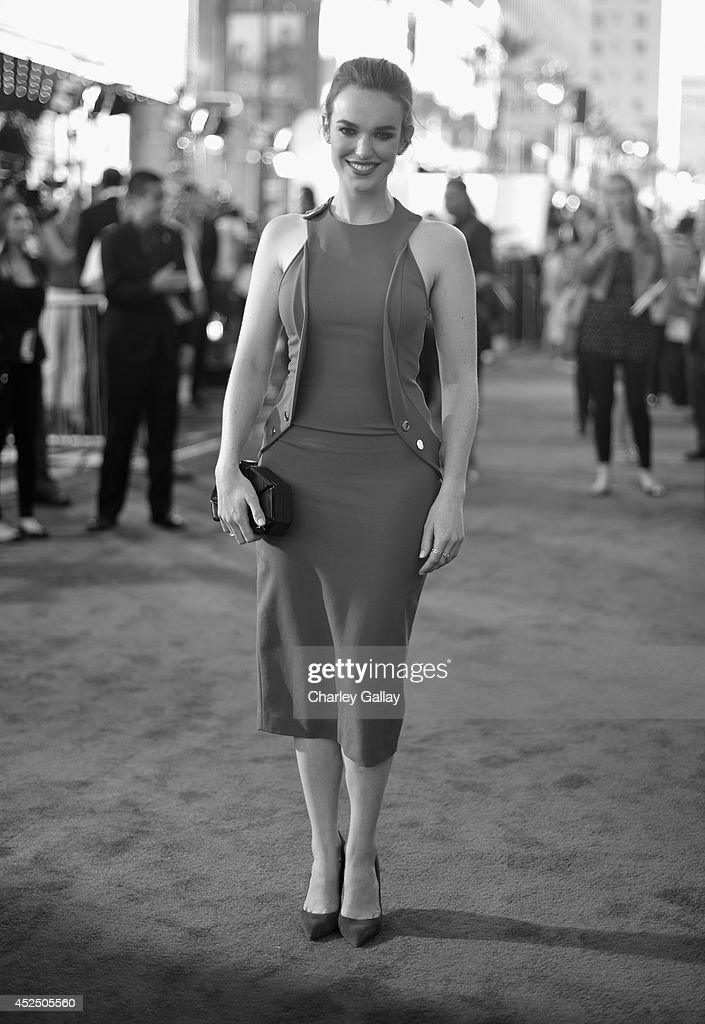 "Actress Elizabeth Henstridge attends The World Premiere of Marvel's epic space adventure ""Guardians of the Galaxy,"" directed by James Gunn and presented in Dolby 3D and Dolby Atmos at the Dolby Theatre. July 21, 2014 Hollywood, CA"
