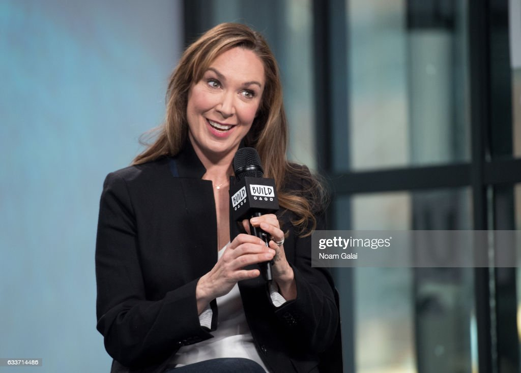 elizabeth marvel hot